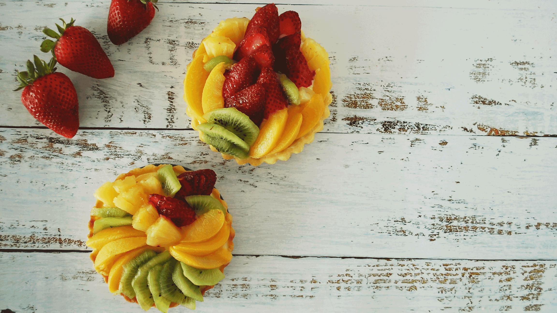 kitchen-whiskers-mini-fruit-flan