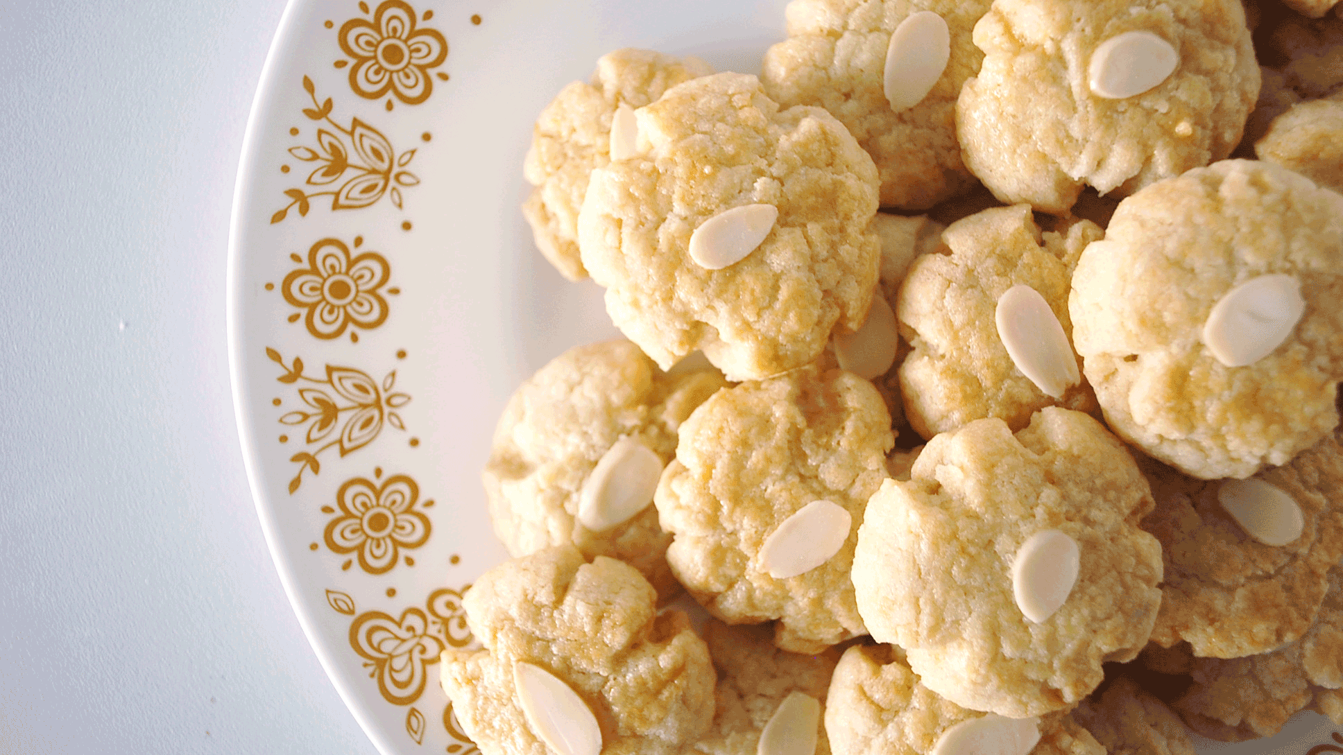 kitchen-whiskers-chinese-cookies-almonds