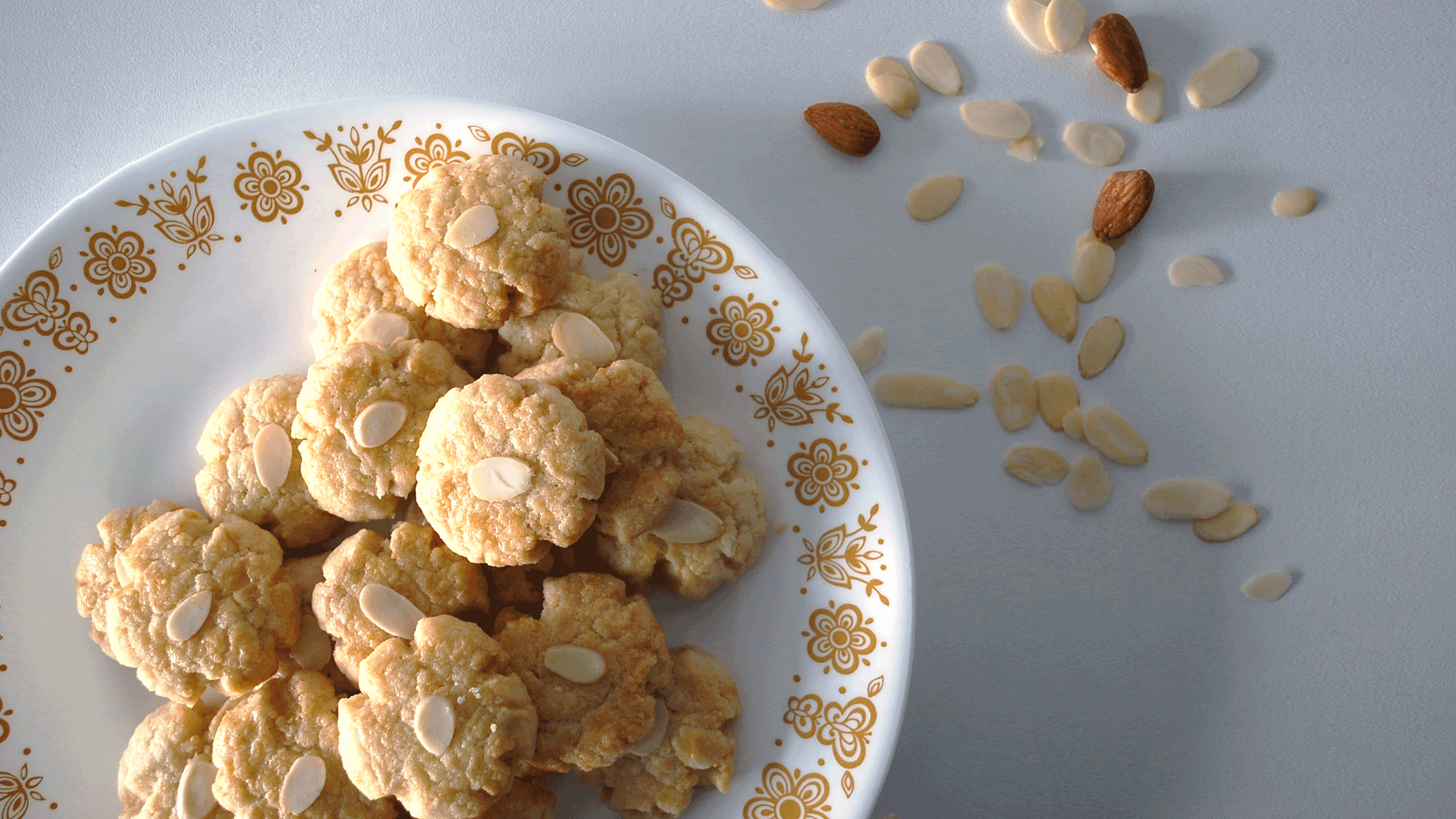 kitchen-whiskers-chinese-cookies-almonds1