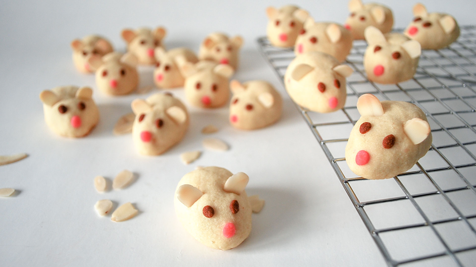 kitchen-whiskers-chinese-new-year-mouse-cookies